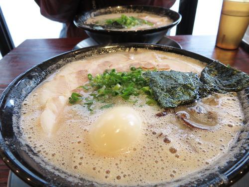 0味玉チャーシューメン850円