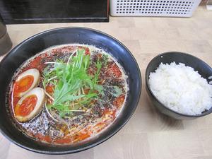 12担担麺800円+煮玉子100円@幸せひとつ