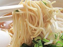 料理:鶏がら醤油ラーメン麺@博多金龍筑紫通り店