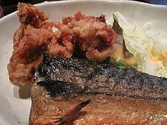 6ランチ:鯖の塩焼きと唐揚げ@居酒屋しょうき・博多店