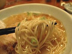 居酒屋:替玉1玉無料@博多鶏と麺こはる・ラーメン居酒屋