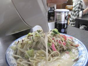 13特製野菜足しスープ@井手ちゃんぽん小戸