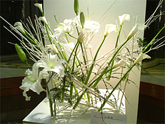 ヒビヤフラワーアカデミー フラワーアレンジメント作品展2008 作品2