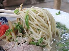 料理:ラーメン麺@魁龍小倉本店