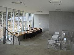 店内:1階のカウンター席@茶房わらび野