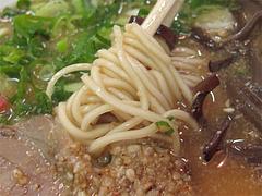料理:ラーメン麺@琉王・ラーメン・大橋
