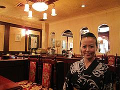 店内:ボックス席でくつろぐ@可否聖道(コーヒーせいどう)・福岡市南区大橋