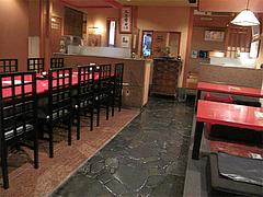 店内:テーブルと小上がり@蕎麦・木曽路