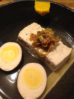 5お豆腐と卵@おでん三吉