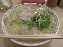 料理:ラーメン400円@元祖長浜ラーメン・ぶんりゅう