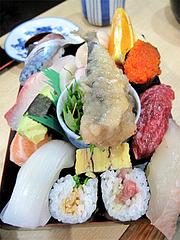 料理:すし定食のにぎり3@ランチ・鮨あつ賀