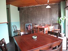 3店内:テーブル席@タイ料理・THAI CAFE KATI(タイカフェ・カティ)・京都