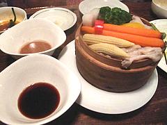居酒屋:季節野菜と豚のせいろ蒸し@居心地屋レオン・薬院・居酒屋
