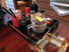 5店内:終日喫煙OK・卓上@麺倶楽部・居酒屋げんき・春吉店
