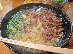料理:肉うどん470円@葉隠うどん・博多駅南