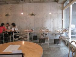 2テーブル席@カフェ・プールヴー