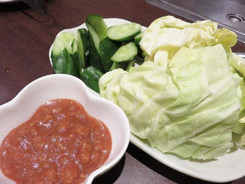 9肉味噌野菜盛り