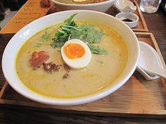 料理:エスニックラーメン650円@ラーメン仮面55・薬院