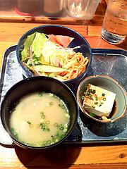 ランチ:小鉢と味噌汁とサラダ@JB'S BAR(ジェービーズバー)・渡辺通