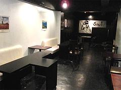 店内:ソファ席@カフェ&バーGEPPO(ゲッポ)・白金玄歩