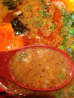 8元味HOTらーめん並味@ラー麺ずんどう屋