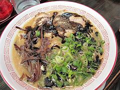 料理:黒ラーメン550円@琉王・ラーメン・大橋