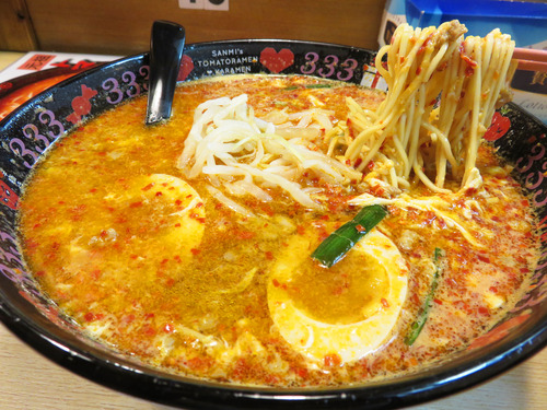 【福岡】キャナルシティ博多ラースタの新店♪@元祖トマトラーメン 三味