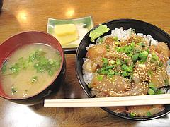 料理:海鮮丼セット@魚魚・居酒屋