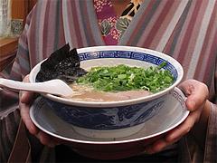 料理:ラーメン+ねぎ盛り@まんぼ亭・赤坂門市場