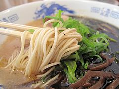 8ランチ:黒ラーメン麺@らーめん桜蔵・住吉