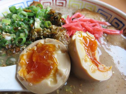 13チャーシュー麺+半熟煮玉子100円