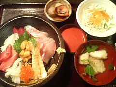 料理:特上海鮮丼1500円@博多魚がし・長浜鮮魚市場会館店