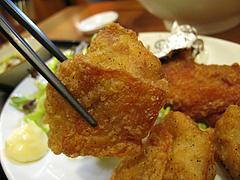 料理:日替わり定食・鶏の唐揚げ@黒豚餃子とんとん