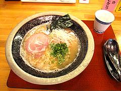 ランチ:魚介とんこつラーメン550円@あずみ(赤坂井田らーめん)・対馬小路