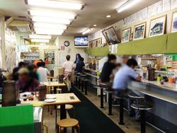 2カウンター・テーブル@魁龍・博多本店