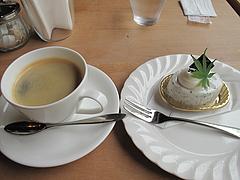 料理:コーヒー300円@レーブ・ド・ベベ・小郡