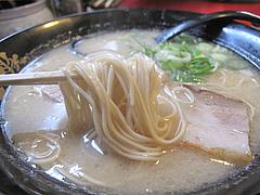 11ランチ:豚骨ラーメン麺@麺や・金の豚・ラーメン・野方