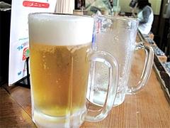 料理:生ビール中500円@焼鳥牛作・福岡市中央区小笹