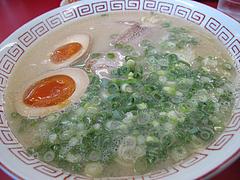 ランチ:ラーメン550円+煮玉子50円@博多成金ラーメン東浜店