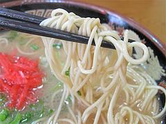 料理:ラーメン麺@長浜ラーメン・みっちゃん