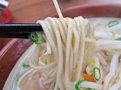 料理:味噌ラーメン麺@一楽ラーメン・箱崎埠頭(ふ頭)