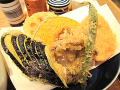 料理:野菜天うどんの天ぷら@讃岐うどん志成(しなり)