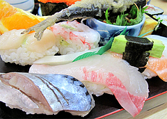 料理:すし定食のにぎり4@ランチ・鮨あつ賀