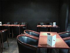 10店内:テーブル@バー是空・西中洲