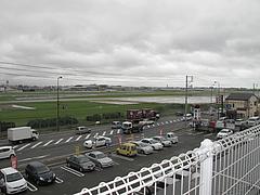 外観:展望台より望む福岡空港@牧のうどん・空港店