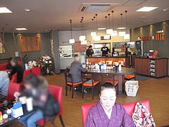 5店内:テーブル席@熊本ラーメン館・味千拉麺×桂花拉麺・半道橋店