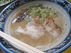 料理:ラーメン500円@とんこつラーメン・たえちゃん