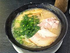 ランチ:しお豚骨らーめん500円@博多ラーメン龍人・赤坂