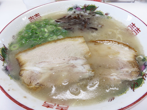 8ラーメン600円