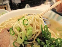 料理:ラーメン麺@本場久留米・うちだラーメン・那珂川